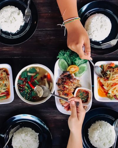 thai-food_t20_XxnXkl.jpg